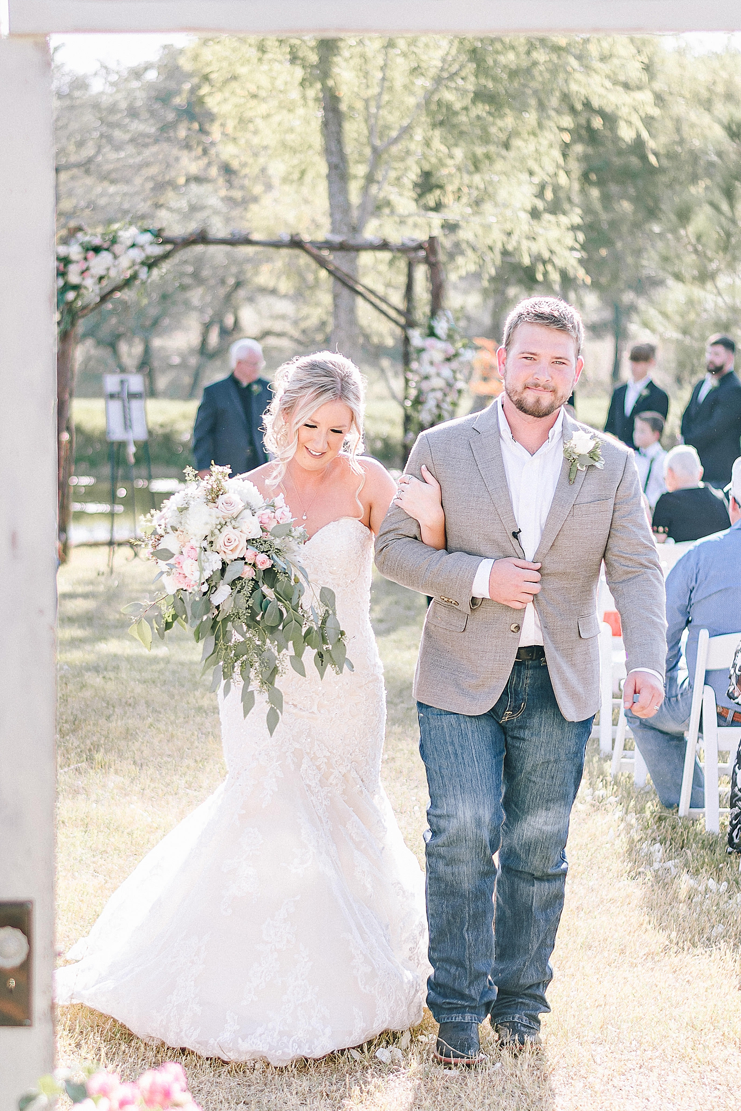 Rackler-Ranch-LaVernia-Texas-Wedding-Carly-Barton-Photography_0069.jpg