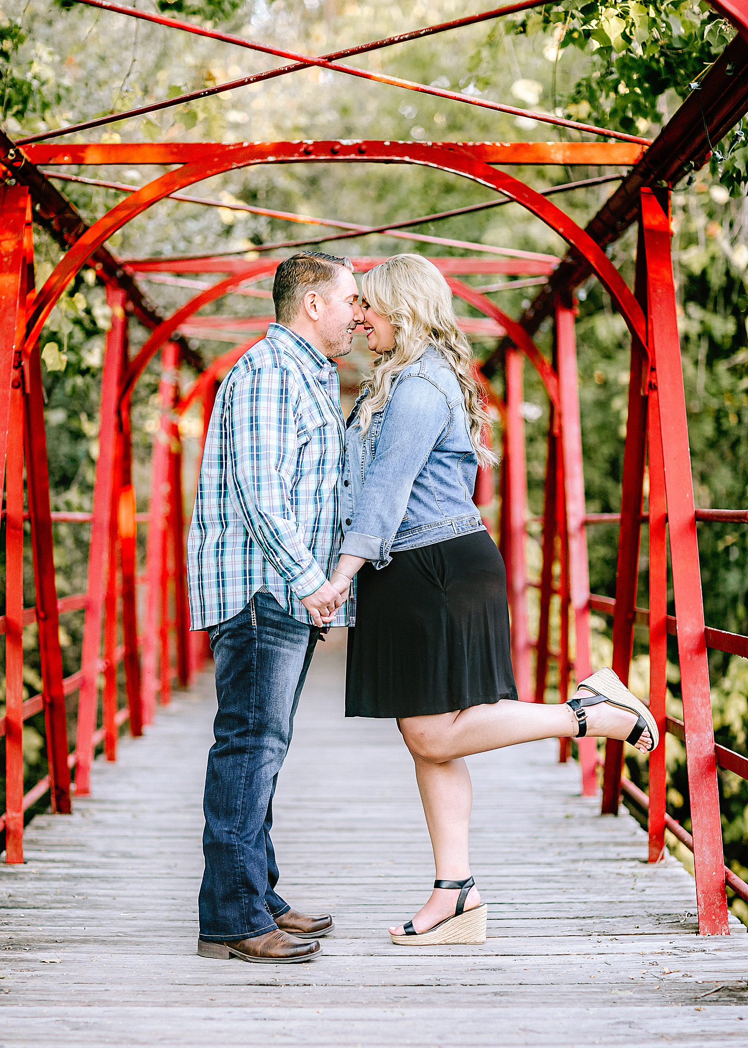 Engagement-Photo-Session-University-of-Incarnate-Word-UIW-San-Antonio-Texas-Carly-Barton-Photography_0003.jpg