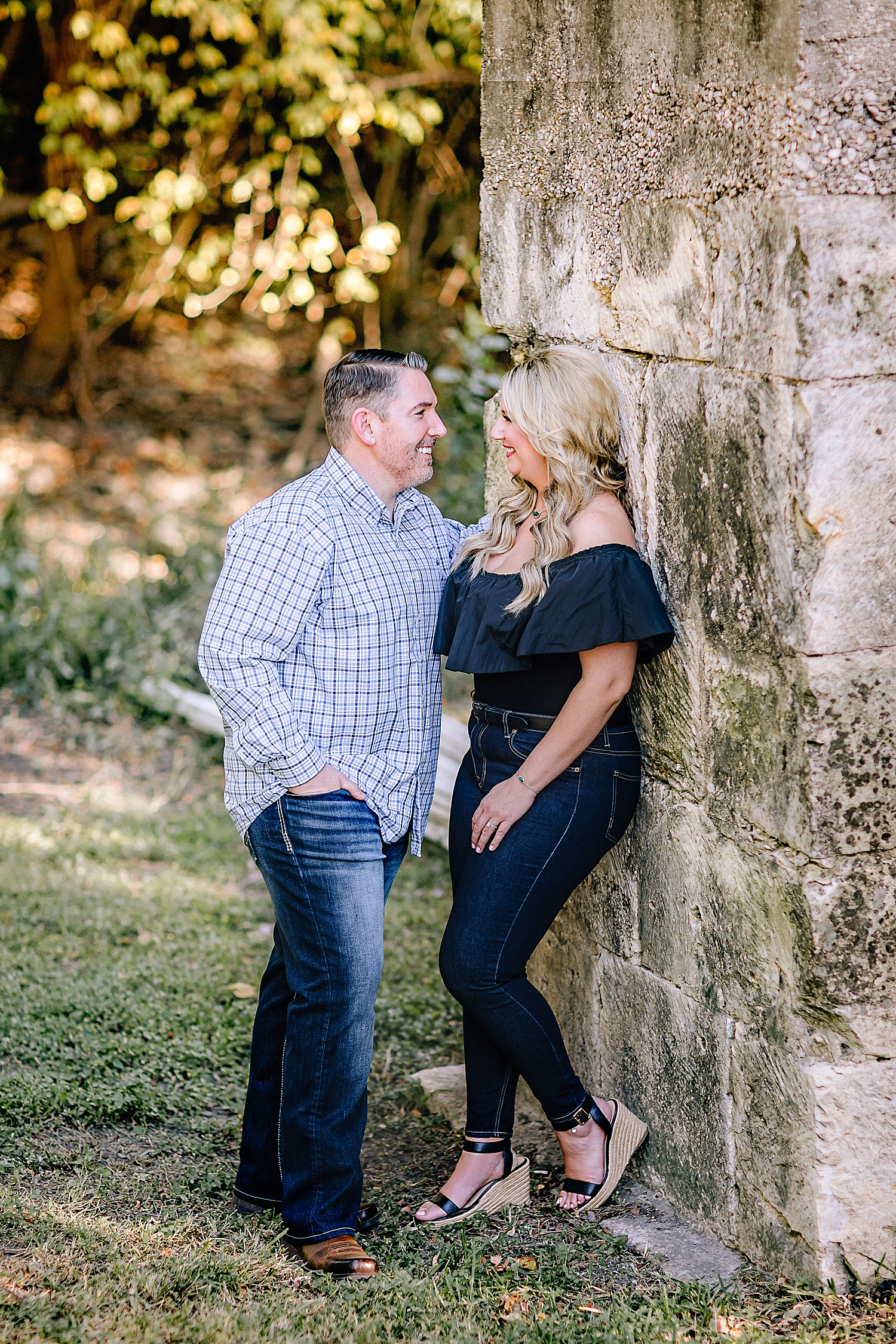 Engagement-Photo-Session-University-of-Incarnate-Word-UIW-San-Antonio-Texas-Carly-Barton-Photography_0029.jpg