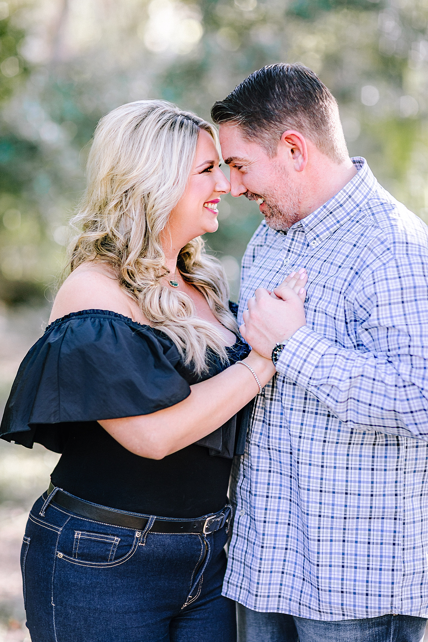 Engagement-Photo-Session-University-of-Incarnate-Word-UIW-San-Antonio-Texas-Carly-Barton-Photography_0040.jpg