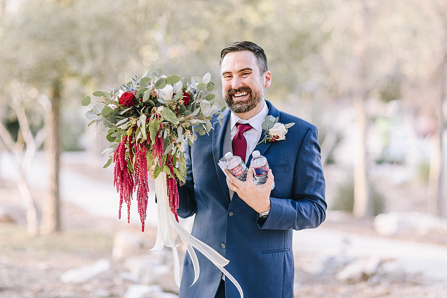 Geronimo-Oaks-Wedding-Venue-Seguin-Texas-Elegant-Navy-Burgundy-Wedding-Carly-Barton-Photography_0038.jpg