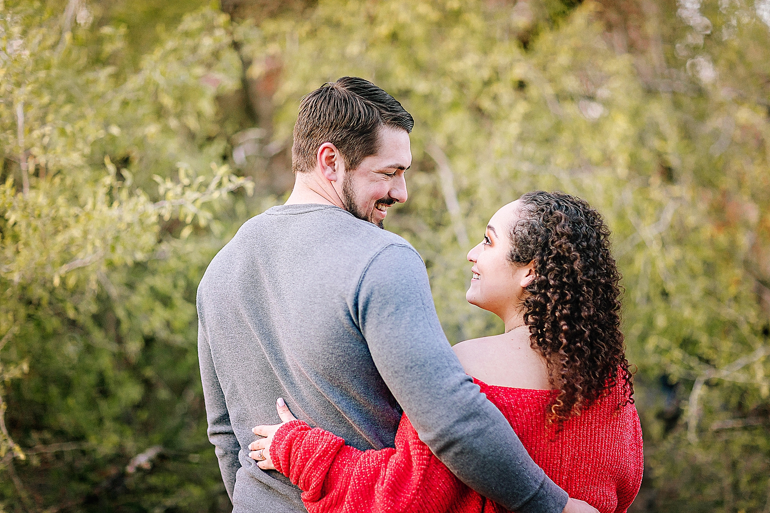 Engagement-photo-session-gruene-new-braunfels-texas-carly-barton-photography_0014.jpg