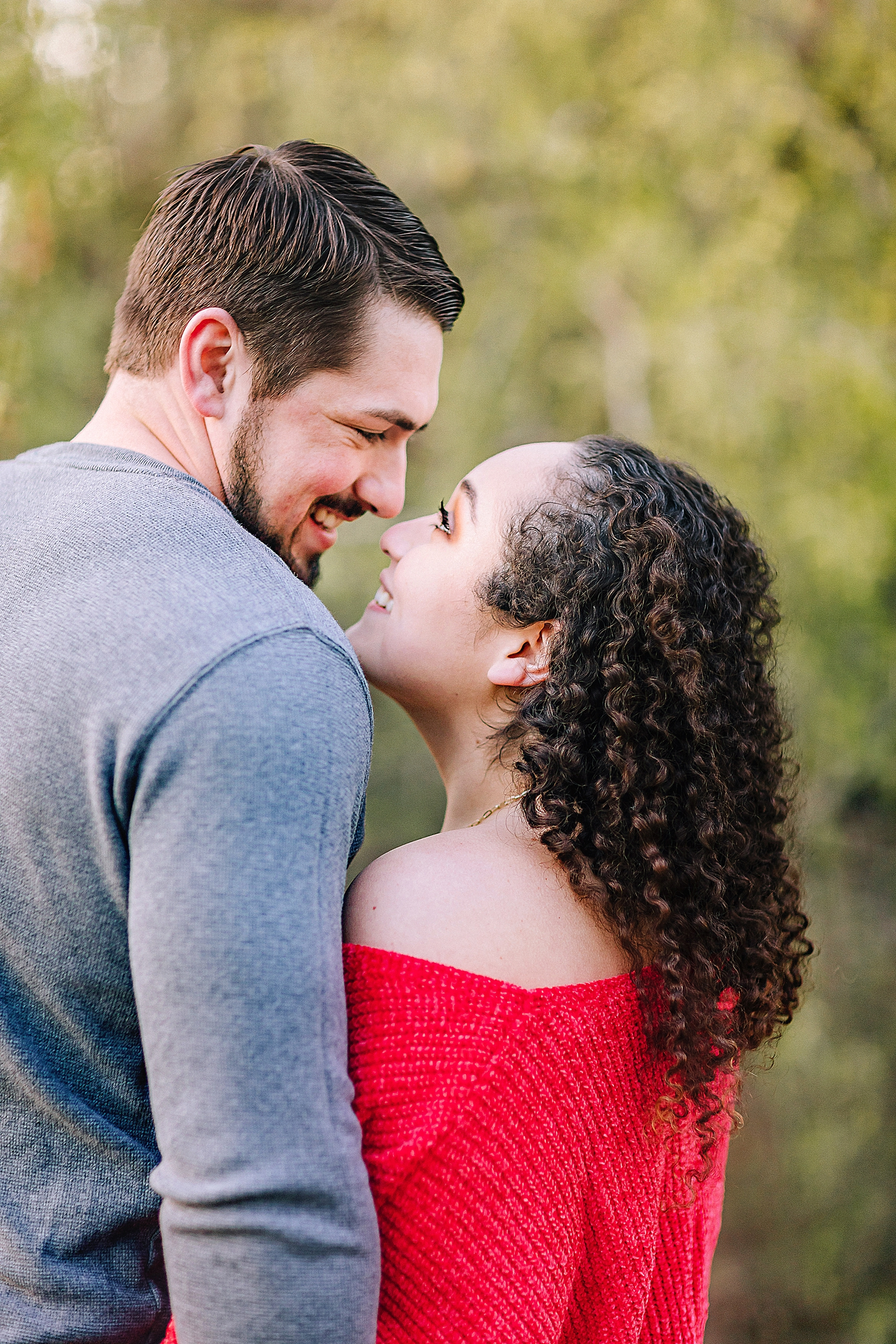 Engagement-photo-session-gruene-new-braunfels-texas-carly-barton-photography_0016.jpg