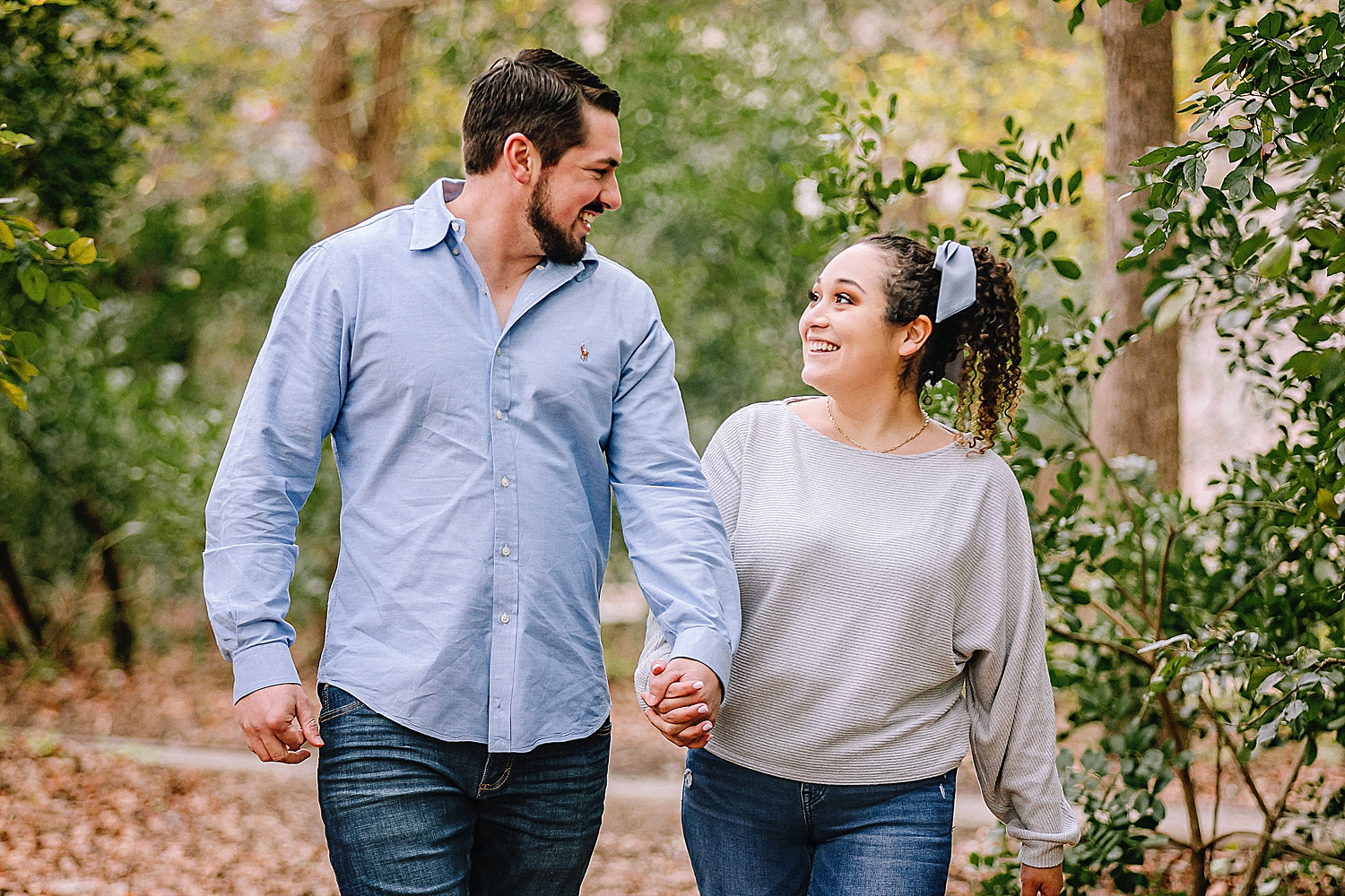 Engagement-photo-session-gruene-new-braunfels-texas-carly-barton-photography_0017.jpg