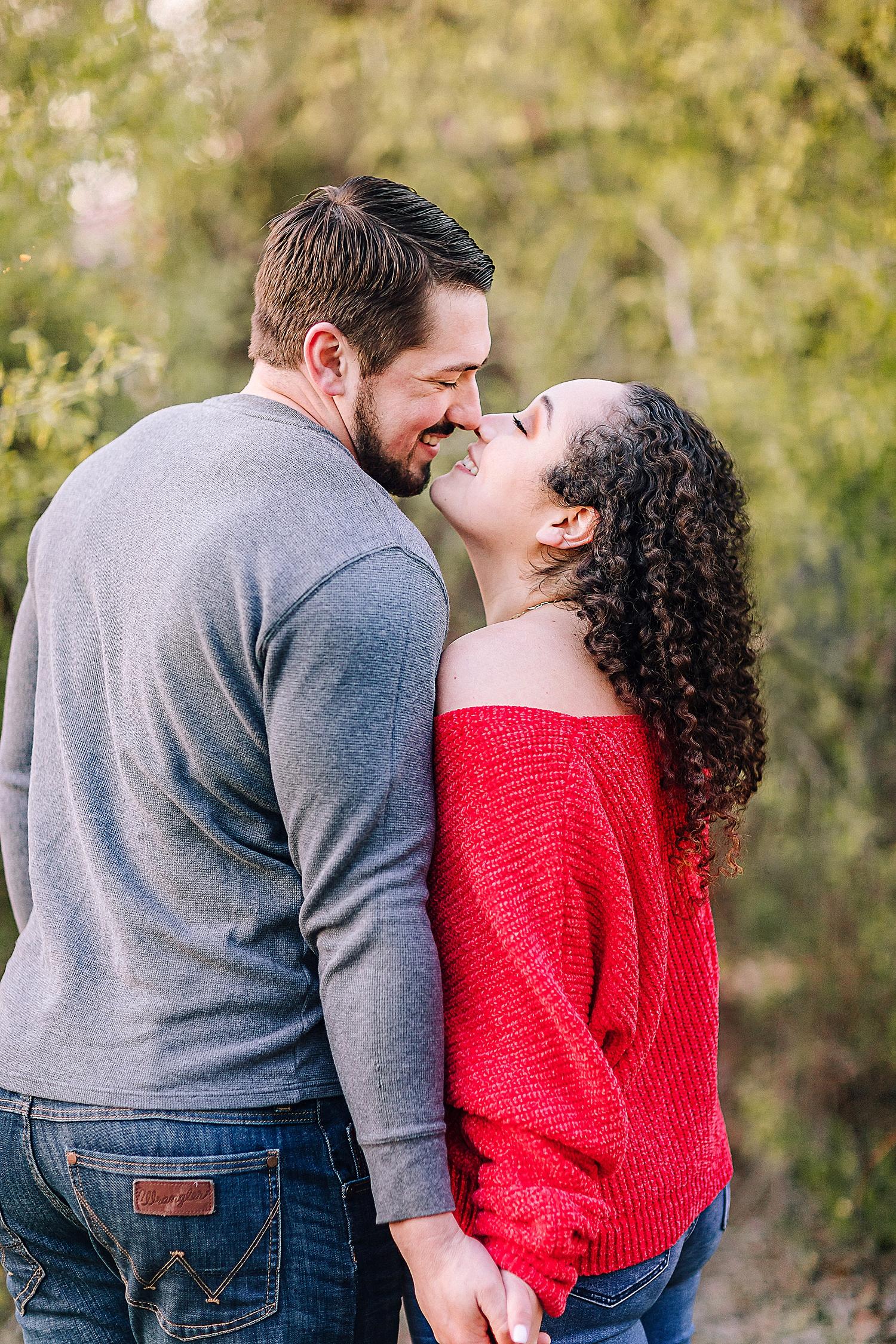 Engagement-photo-session-gruene-new-braunfels-texas-carly-barton-photography_0018.jpg