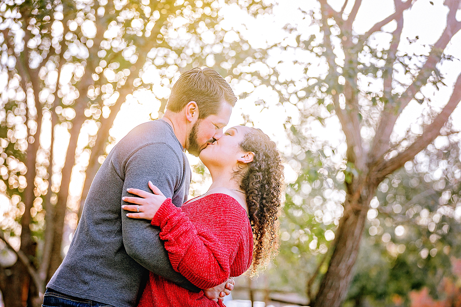 Engagement-photo-session-gruene-new-braunfels-texas-carly-barton-photography_0025.jpg