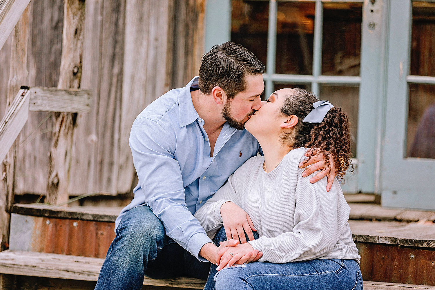 Engagement-photo-session-gruene-new-braunfels-texas-carly-barton-photography_0029.jpg