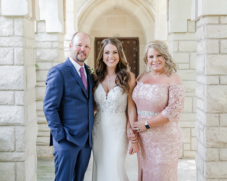 Military-AIr-Force-Wedding-Seguin-LaVernia-Texas-Carly-Barton-Photography_0034.jpg