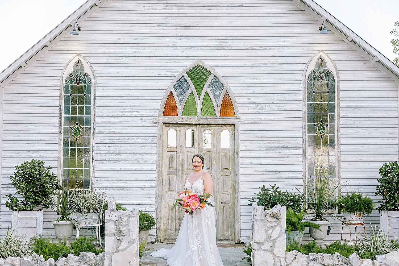 Gruene-Estate-Wedding-New-Braunfels-Bride-Bridal-Photos-Carly-Barton-Photography_0012.jpg