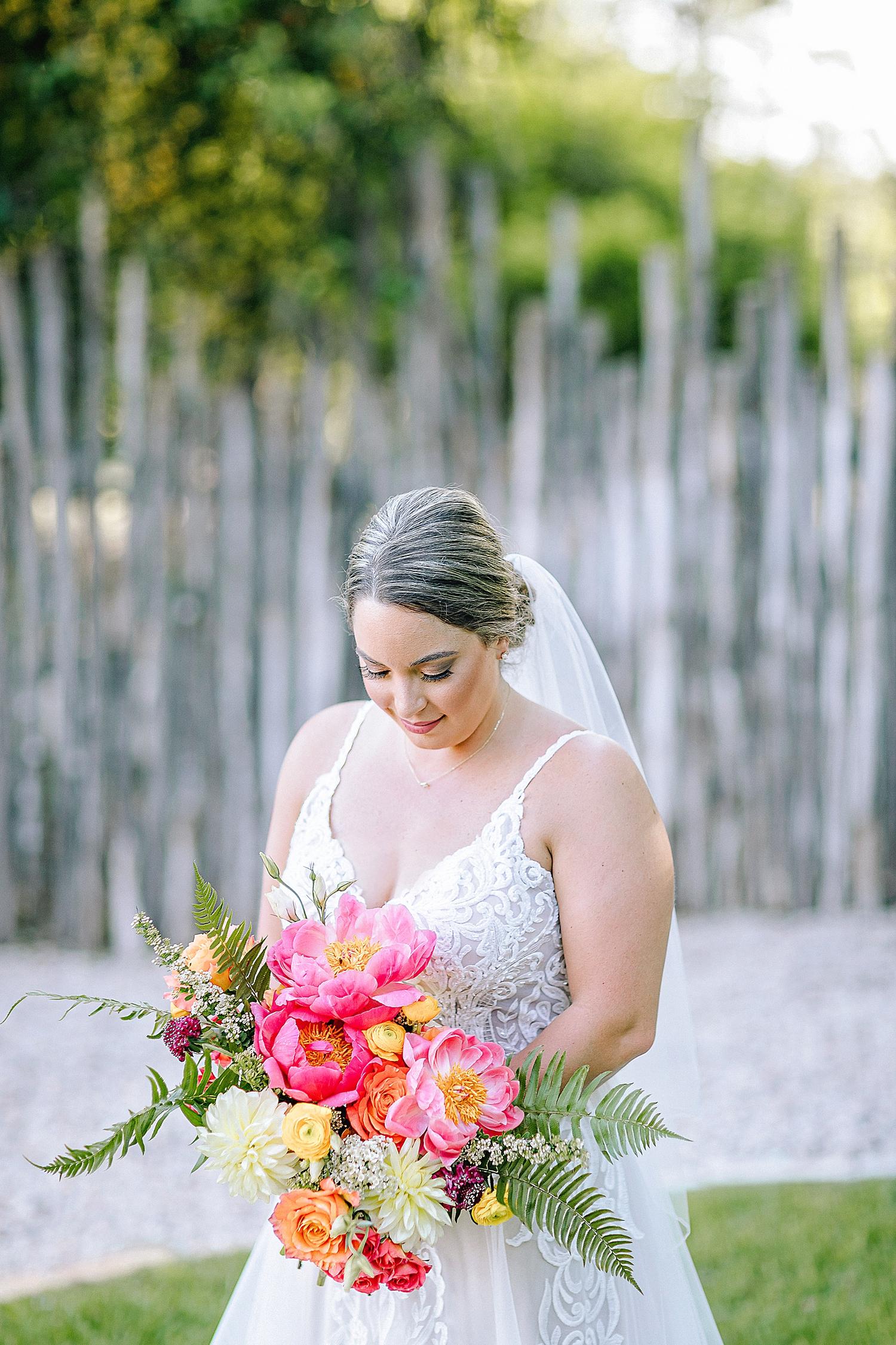 Gruene-Estate-Wedding-New-Braunfels-Bride-Bridal-Photos-Carly-Barton-Photography_0018.jpg