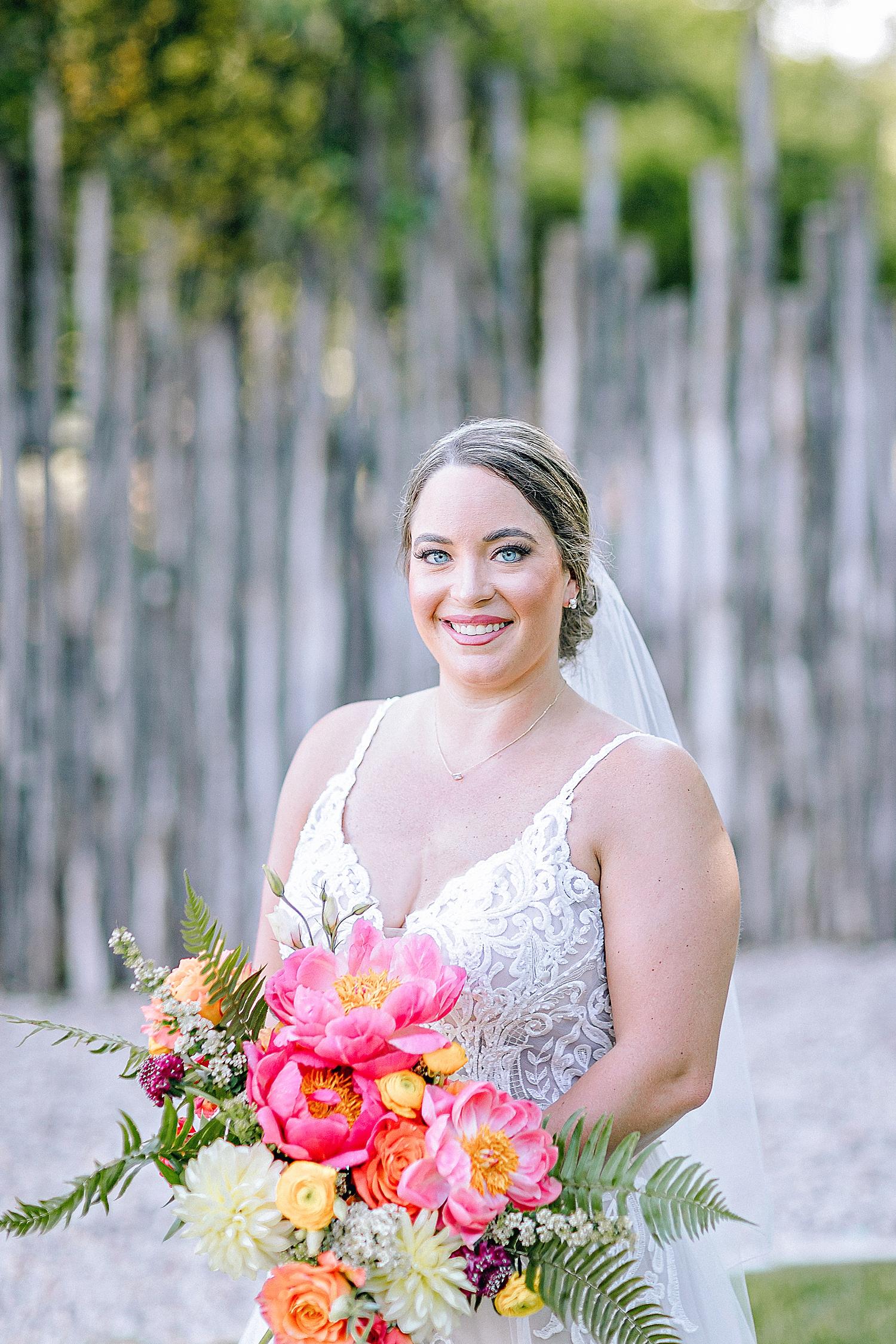 Gruene-Estate-Wedding-New-Braunfels-Bride-Bridal-Photos-Carly-Barton-Photography_0019.jpg
