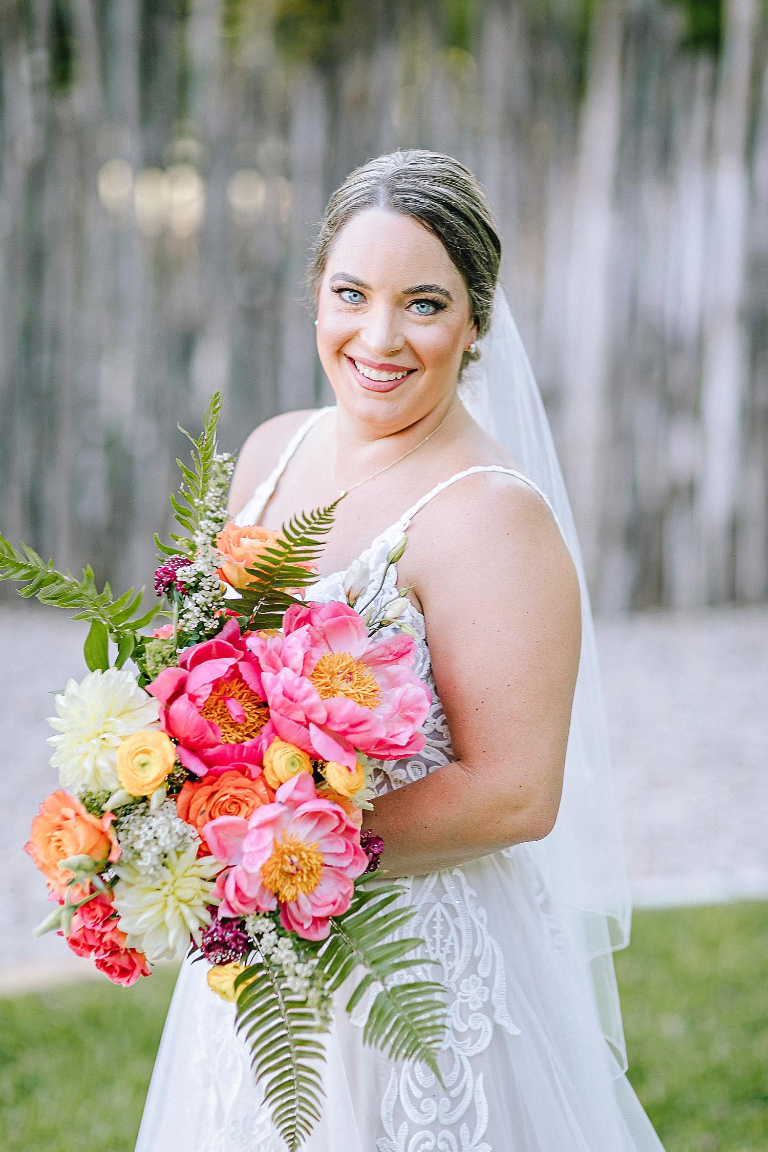 Gruene-Estate-Wedding-New-Braunfels-Bride-Bridal-Photos-Carly-Barton-Photography_0020.jpg