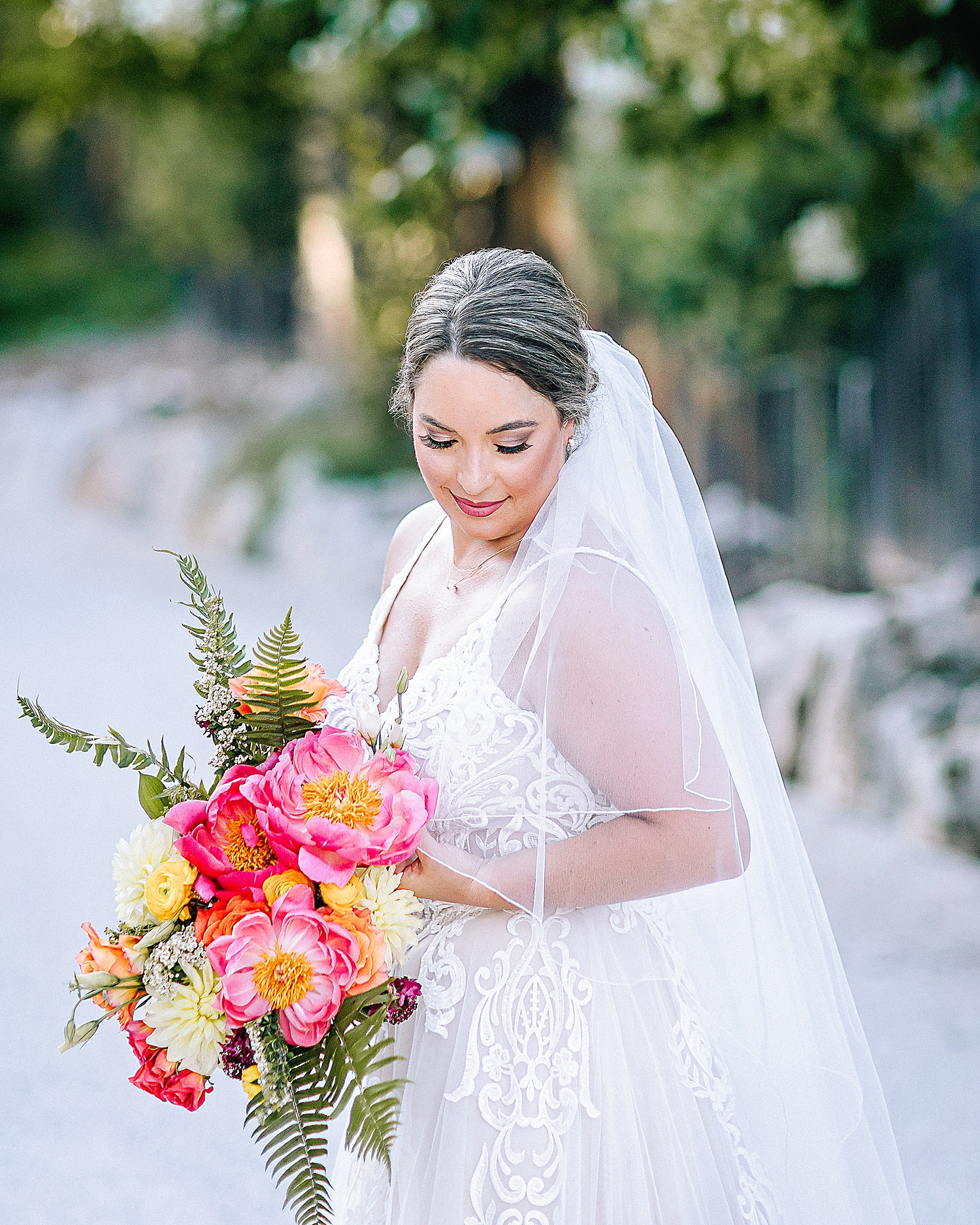 Gruene-Estate-Wedding-New-Braunfels-Bride-Bridal-Photos-Carly-Barton-Photography_0021.jpg