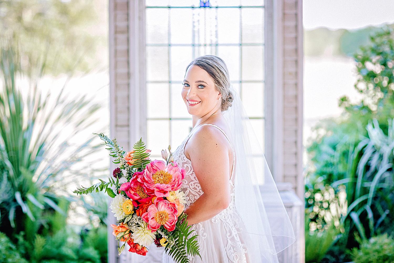 Gruene-Estate-Wedding-New-Braunfels-Bride-Bridal-Photos-Carly-Barton-Photography_0031.jpg