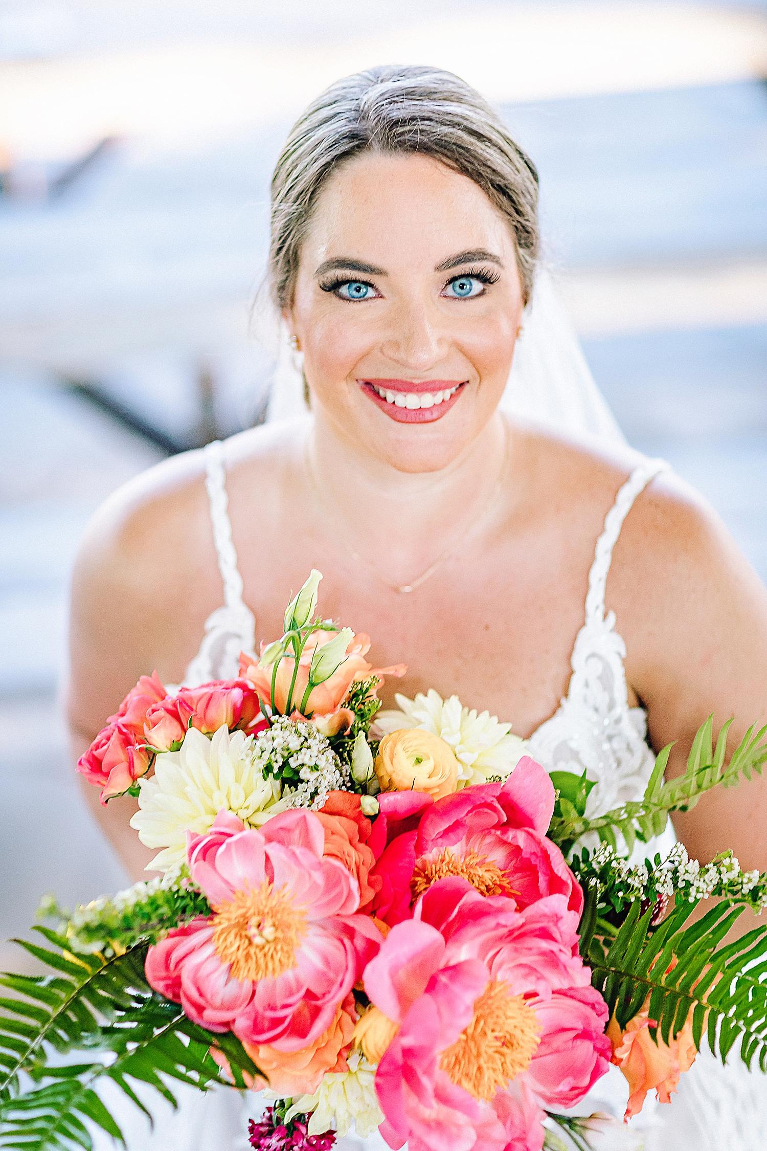 Gruene-Estate-Wedding-New-Braunfels-Bride-Bridal-Photos-Carly-Barton-Photography_0033.jpg