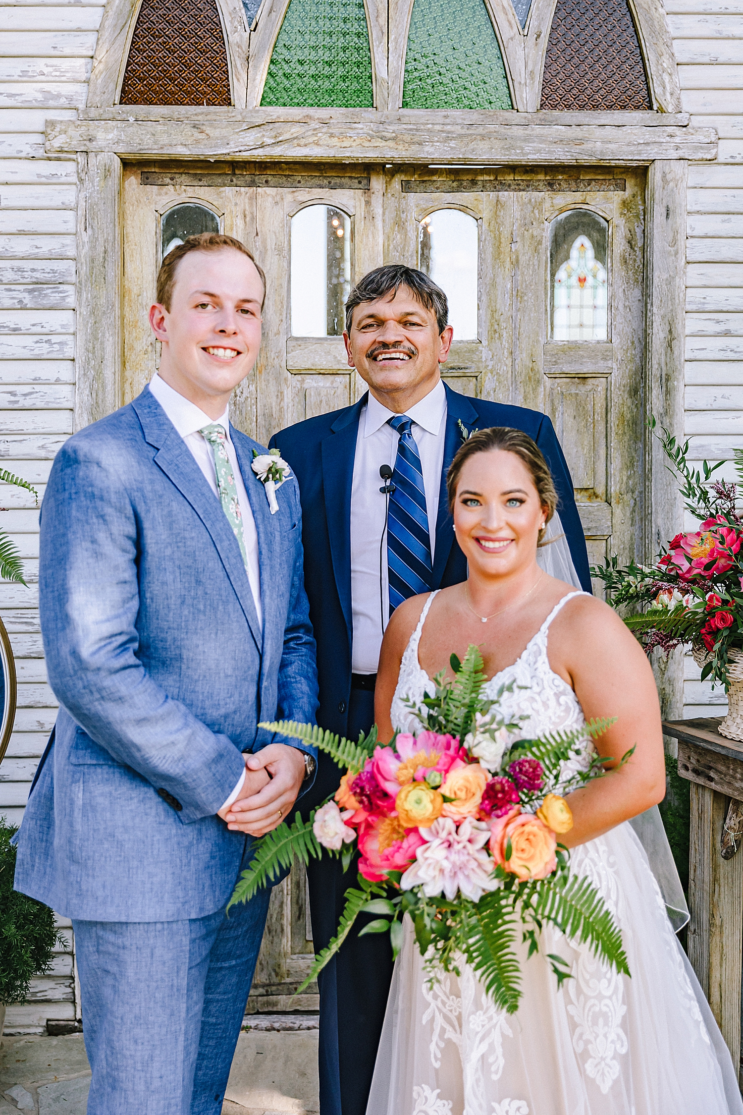 Gruene-Estate-Wedding-New-Braunfels-Bride-Wedding-Photos-Carly-Barton-Photography_0109.jpg
