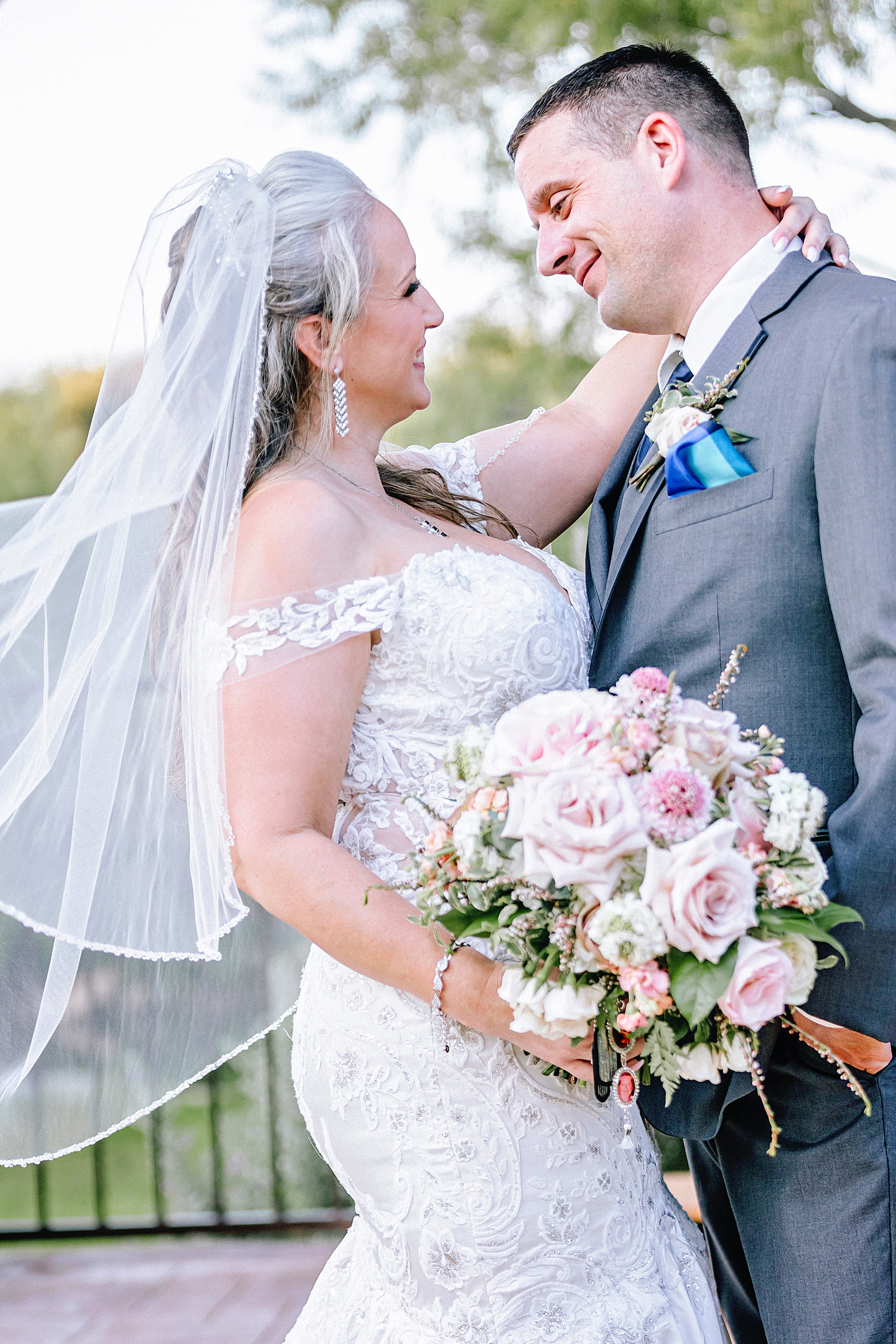The-Club-at-Garden-Ridge-Military-Wedding-Carly-Barton-Photography_0024.jpg