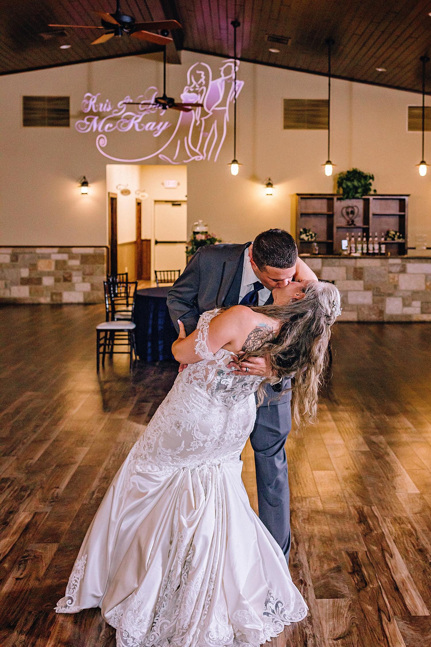 The-Club-at-Garden-Ridge-Military-Wedding-Carly-Barton-Photography_0029.jpg